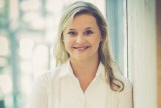 """Prof. Dr. Ina Kayser, Studiengangsleiterin des Master-Programms """"Business Transformation Management"""" an der IST-Hochschule für Management"""