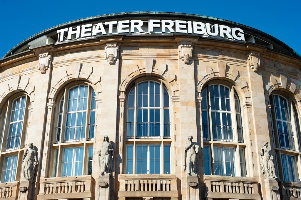 Fassade Theater Freiburg