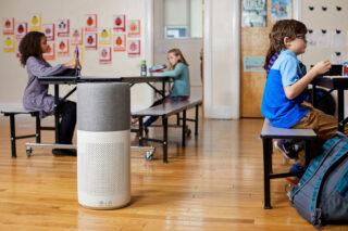 Luftreiniger in Schulklasse