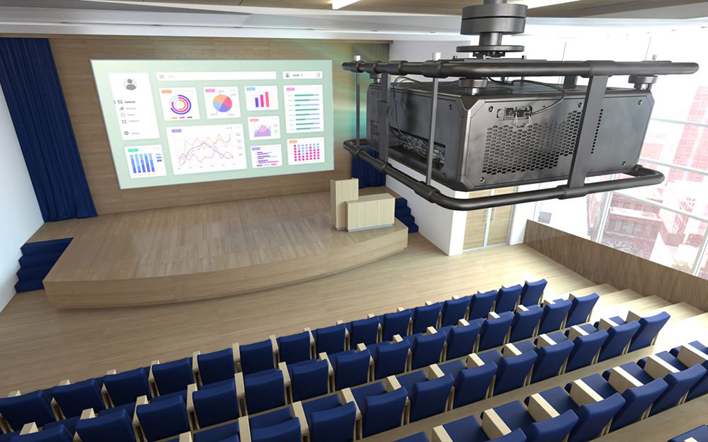 Projektor in einem Saal