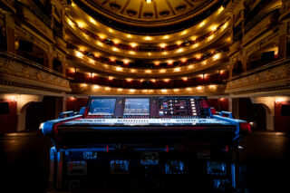 Yamaha Rivage PM7 in der Oper