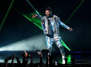 Usher auf der Bühne